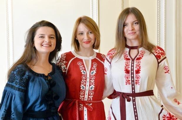 У Верховній Раді красувалися у вишиванках від черкаської майстрині (ФОТО), фото-2