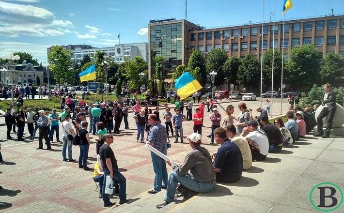 Працівники Черкасиобленерго перекрили дорогу (ФОТО), фото-2