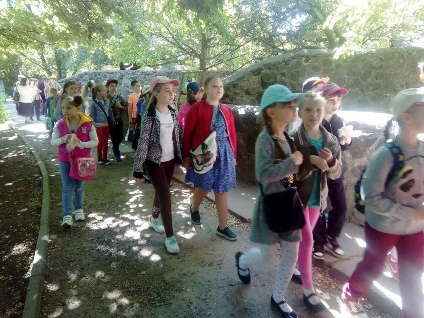 Про фауну всього світу черкаські школярі дізнаються на уроках у зоопарку (ФОТО), фото-1