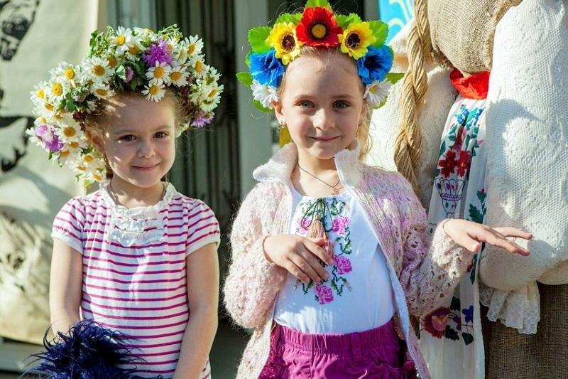 Диво-україночки та сучасні козачата зібралися на фестивалі «Барвисті віночки» (ФОТО), фото-4