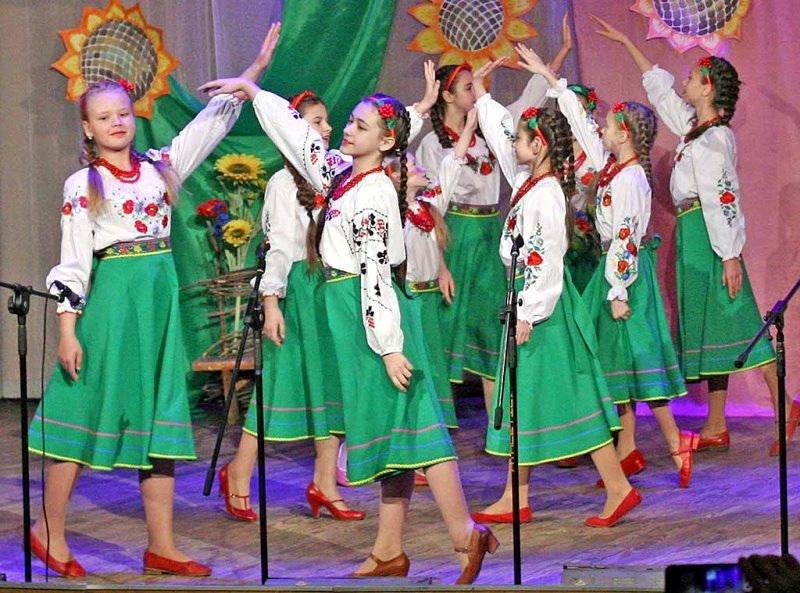 """Вихованці черкаської вокальної студії """"Гармонія"""" відзвітували концертом (ФОТО), фото-1"""