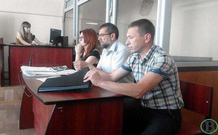 Оскандалена черкаська вчителька в суді вимагає моральної та матеріальної компенсації, фото-1
