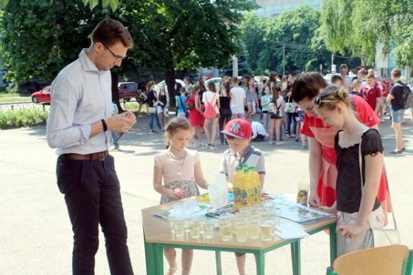 Французька компанія подарує черкаській школі компостер (ФОТО), фото-2