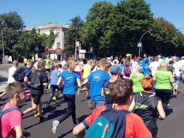 Понад півтисячі черкащан узяли участь в олімпійському пробігу в суботу (ФОТО), фото-1