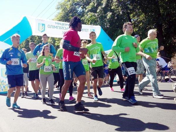Понад півтисячі черкащан узяли участь в олімпійському пробігу в суботу (ФОТО), фото-2
