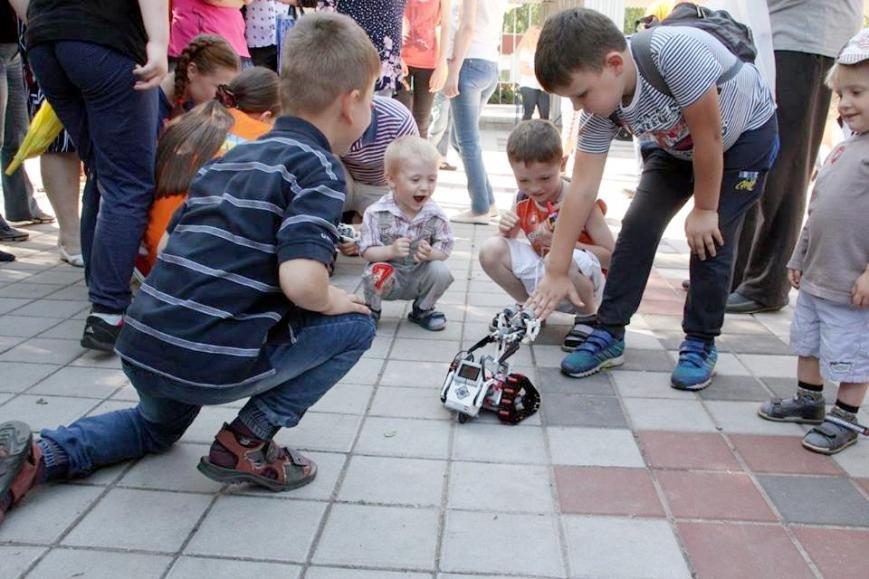 У Черкасах фестивалили роботи (ФОТО), фото-1
