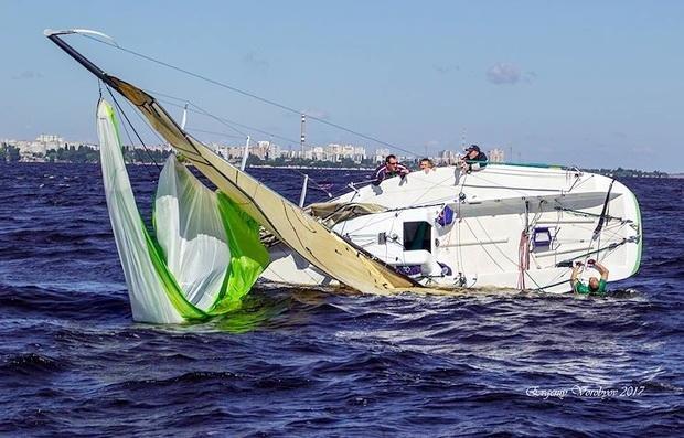 Черкаська регата зібрала під вітрилами майже 40 яхт. Не обійшлося без пригод (ФОТО), фото-2