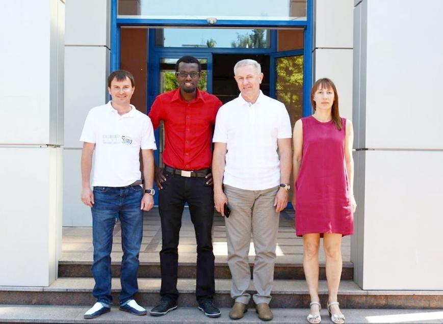Волонтер Корпусу Миру Фабенсон Фріш навчатиме черкаських студентів і молодь цікавої англійської, фото-1