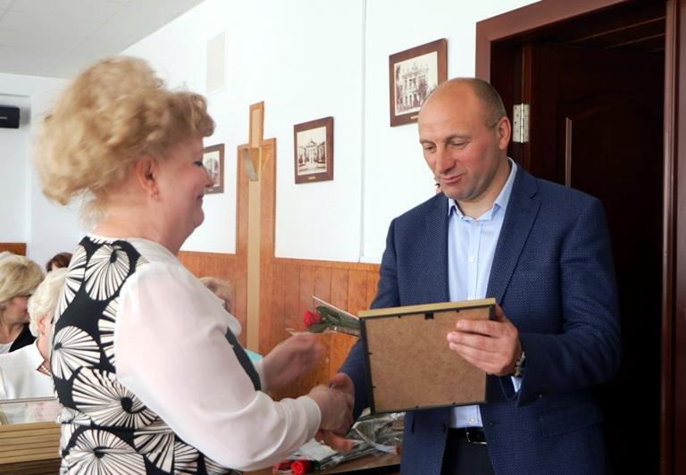 У черкаській мерії медиків вітали з професійним святом, фото-1