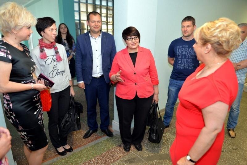 Черкаська гімназія № 9 може стати зразком нової української школи, фото-1