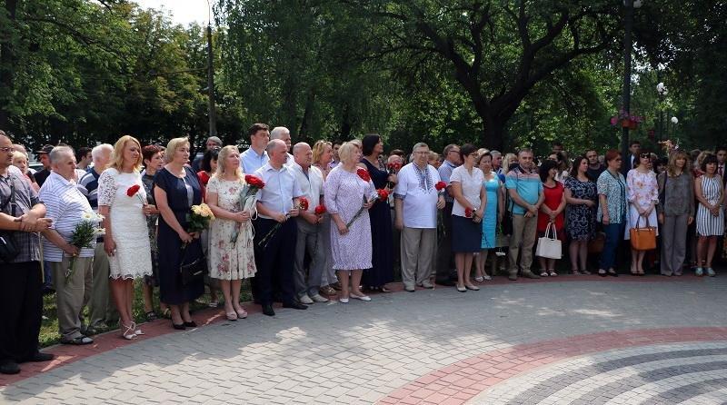 У Черкасах відкрили погруддя «батькові української Конституції» Михайлові Сироті (ФОТО), фото-1
