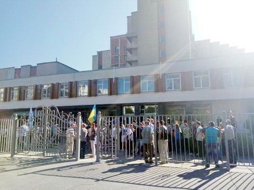 Черкаські енергетики під апеляційним судом протестують проти можливого поновлення на посаді Кузьмінської (ФОТО), фото-2