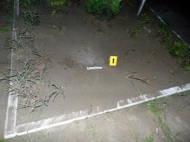 Біля Черкаського відділу поліції розірвався невідомий предмет. Відкрито кримінальне провадження, фото-1