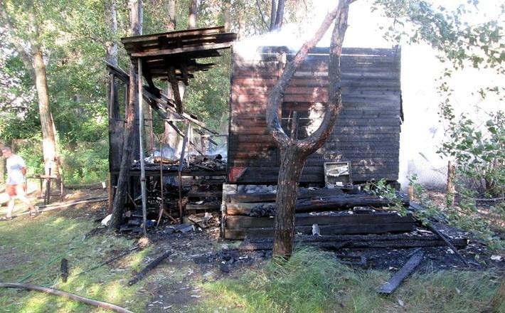 На вулиці Гагаріна згоріла надвірна споруда (ФОТО), фото-2