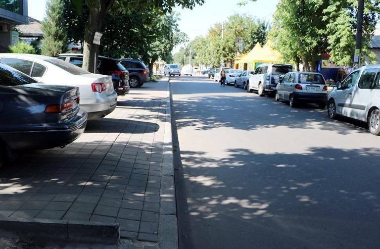 Анатолій Бондаренко проінспектував ремонт вулиці Небесної Сотні. Залишився незадоволеним (ФОТО), фото-3
