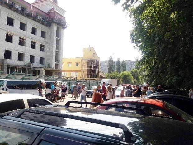 Літня водійка вчинила масштабну ДТП у середмісті Черкас: загинула жінка, є травмовані (ФОТО), фото-1