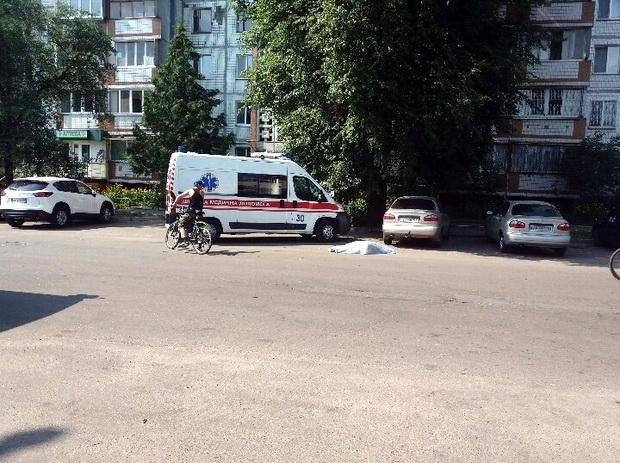 Літня водійка вчинила масштабну ДТП у середмісті Черкас: загинула жінка, є травмовані (ФОТО), фото-3