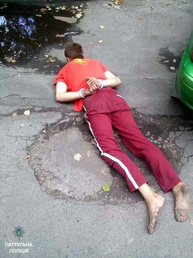 Небайдужі черкащани самотужки затримали крадія (ФОТО), фото-1