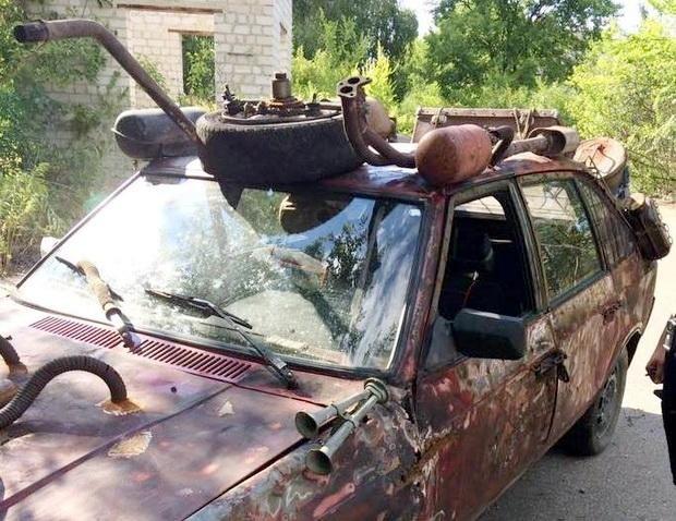 """У Черкасах патрульні виявили """"космічний"""" автомобіль із п'яним водієм (ФОТО), фото-1"""