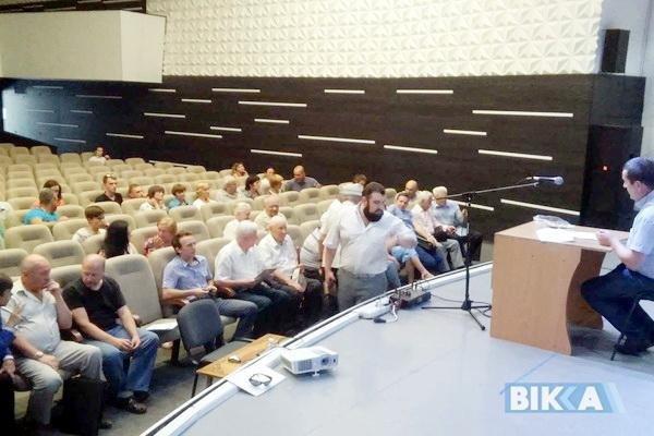 Обговорення перейменування вулиць Черкас пройшло зі скандалом (ФОТО), фото-1
