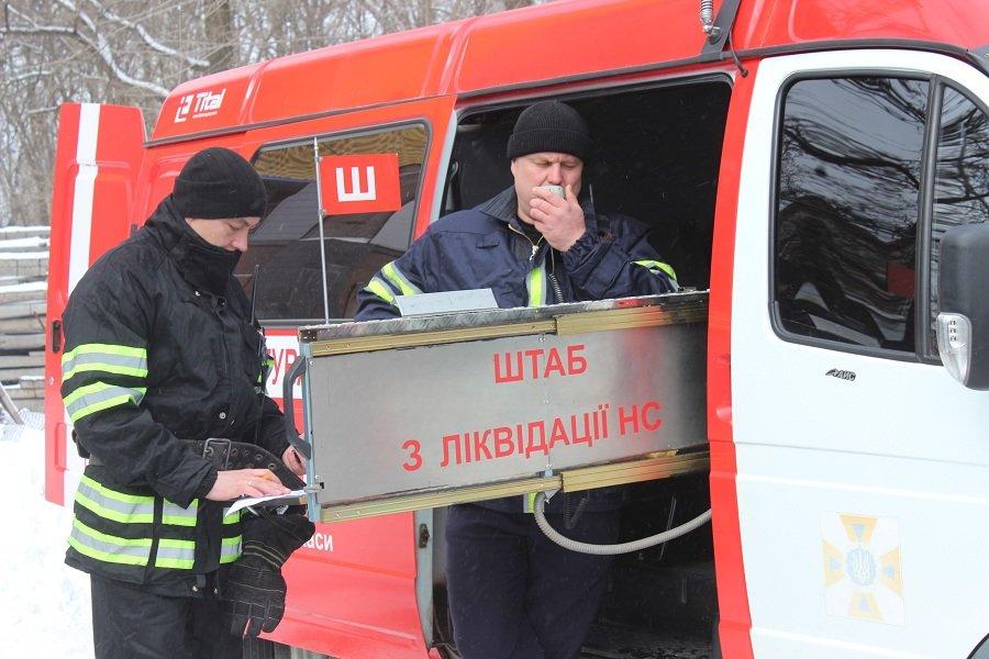 Черкаські рятувальники провели навчання в найвищому православному храмі України, фото-2