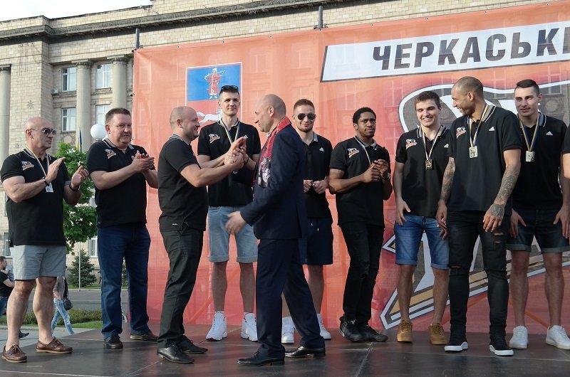 Чемпіонів України з баскетболу вітали у Черкасах, фото-7