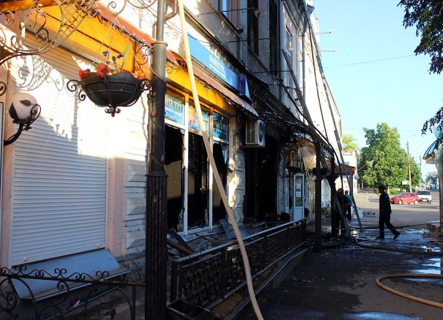 Під час пожежі в казіно на Черкащині загинула людина, фото-3