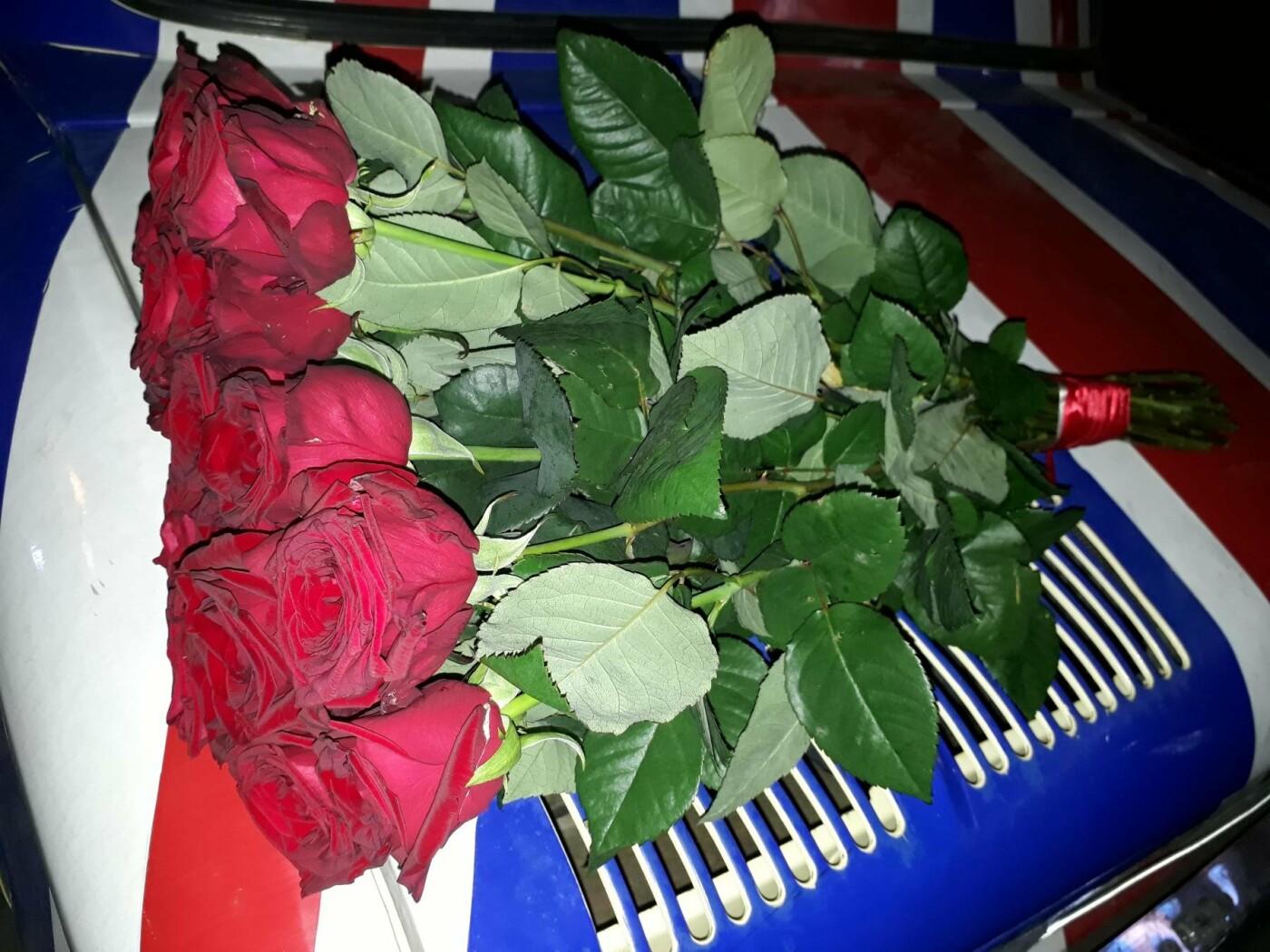 Доставка квітів Черкаси, фото-1