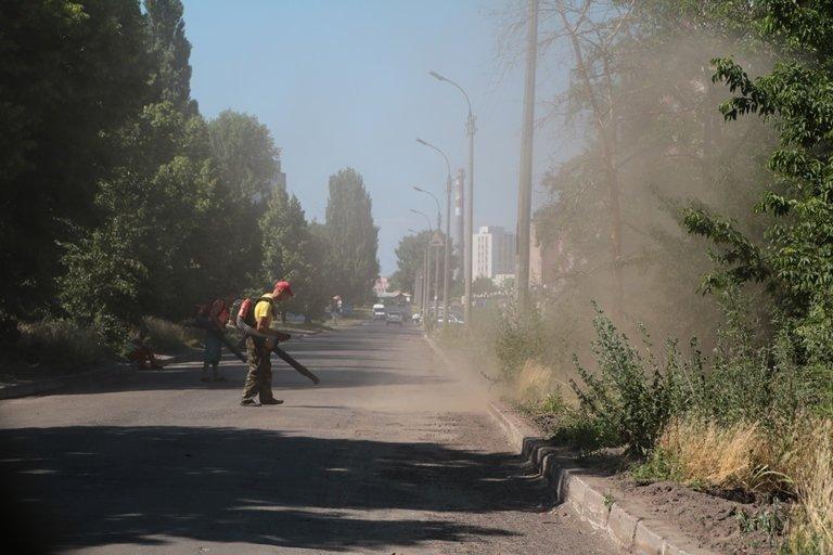 На вулиці Віталія Вергая в Черкасах відремонтують кілометр асфальту, фото-3