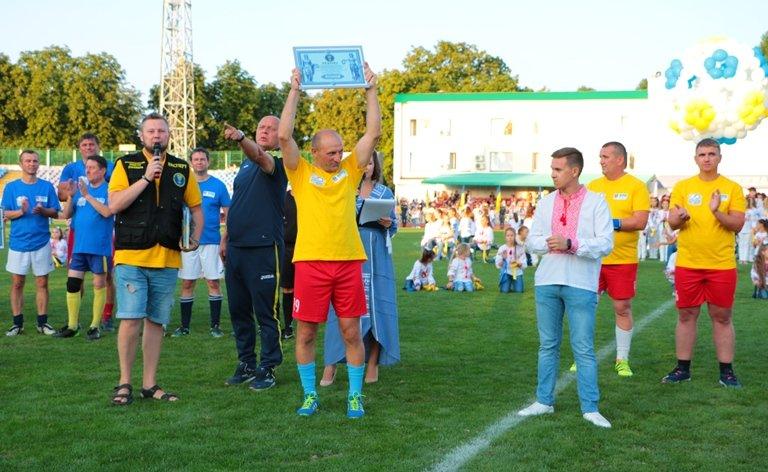 Рекорд безперервного футбольного матчу встановили в Черкасах, фото-1