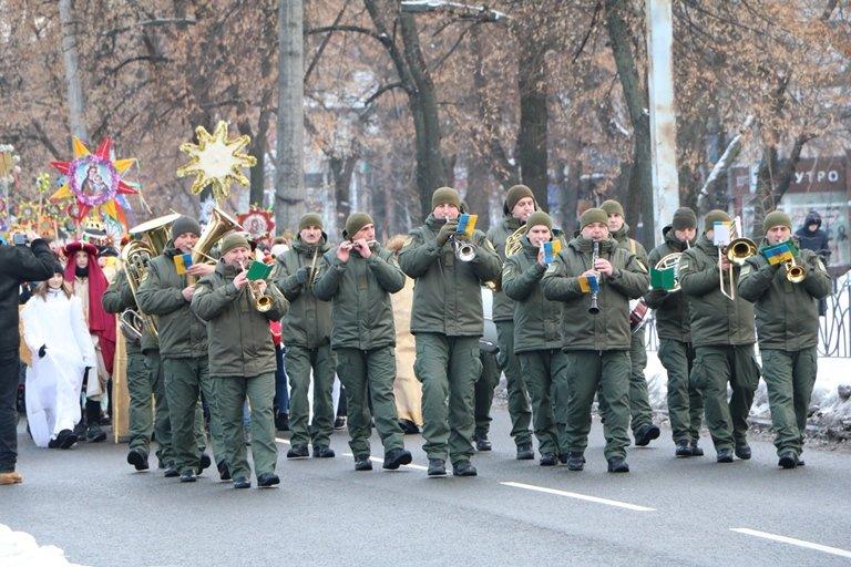 Хода колядників відбулася у центрі Черкас, фото-3