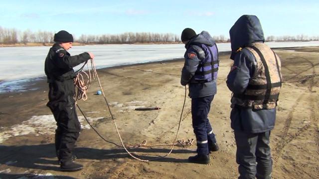 Черкаські рятувальники готуються до льодоходу, фото-3