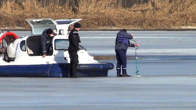 Черкаські рятувальники готуються до льодоходу, фото-1
